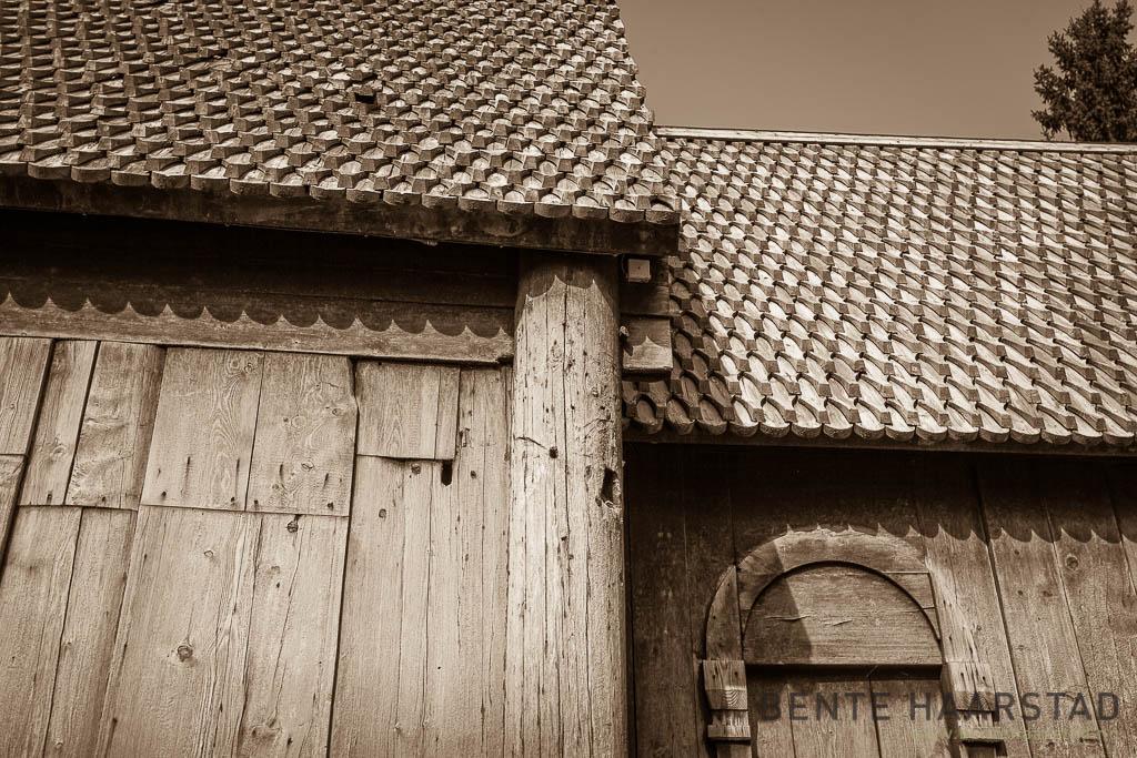 Haltdal stavkirke, Trøndelag folkemuseum. Detalj av taket.